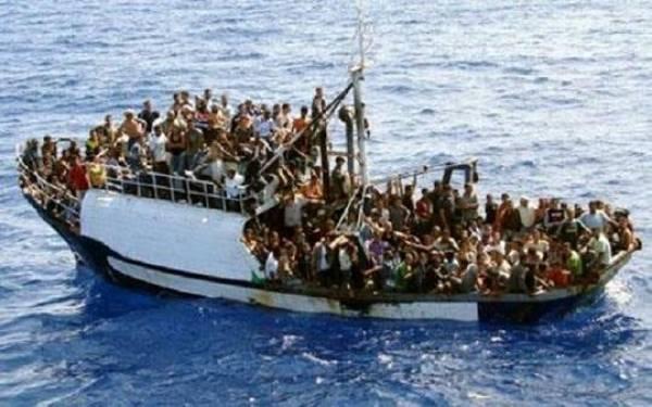 boat-sinks-off-libya