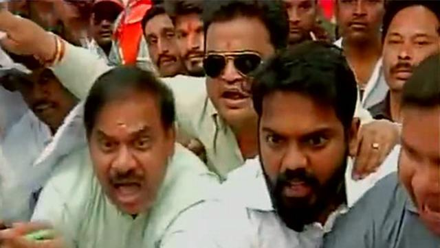 Shiv Sena workers stormed the BCCI office in Mumbai and gherao BCCI Chief Shashank Manohar's desk. (ANI Photo)