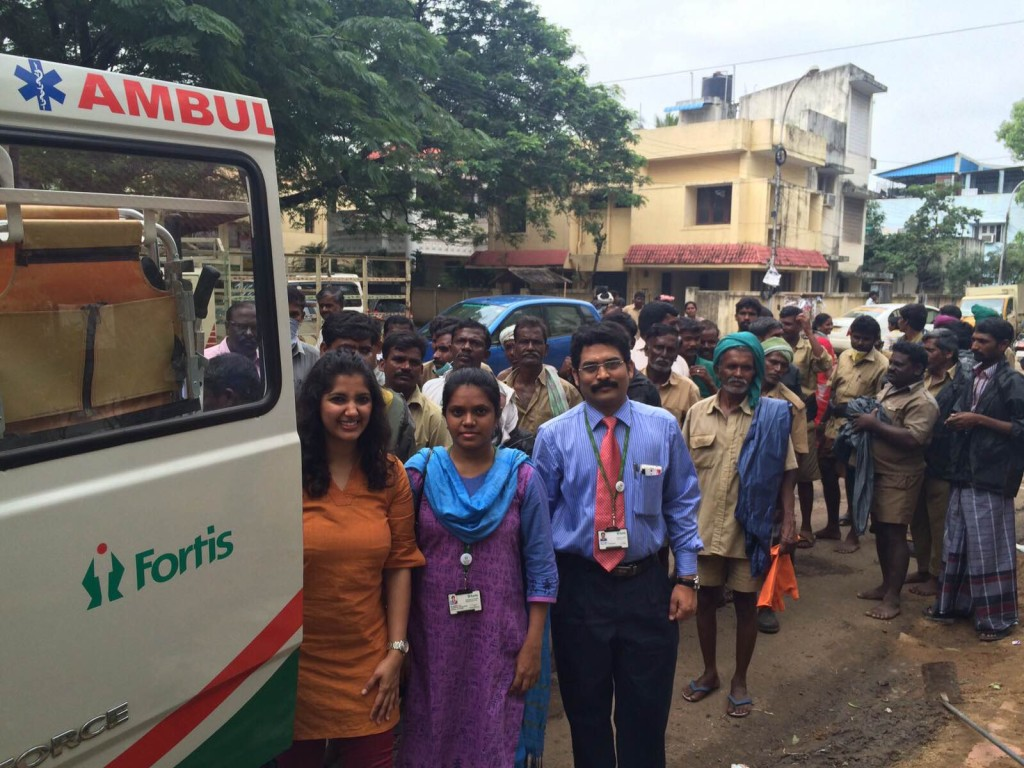 Fortis Medical Team with conservation workers.