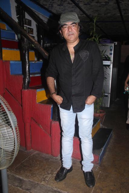 writer - producer director Siddharth Nagar of Shiksha - Ek Majbut Adharshila 2(2) (1)