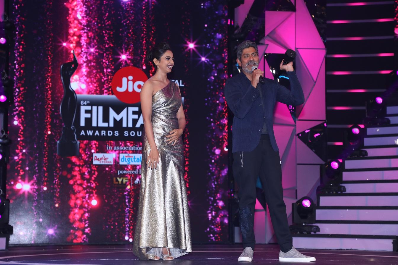 Rakulpreet Singh and Jagapathi Babu at 64th JIO Filmfare Awards South 2017