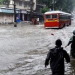 Heavy rains in Mumbai for 2nd day, flight services hit